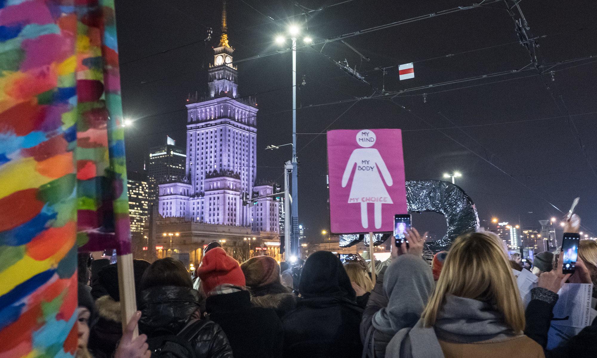 Grève des femmes le 8 mars 2018 à Varsovie, CC-by-nc par Grzegorz Żukowski